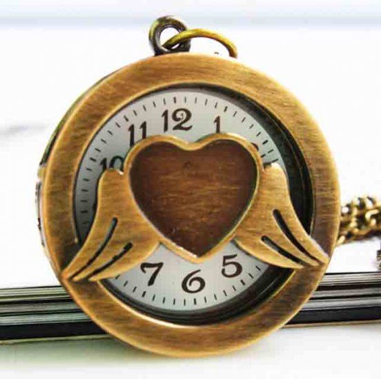 New brand vintage brass heart with wing pocket watch - Click Image to Close