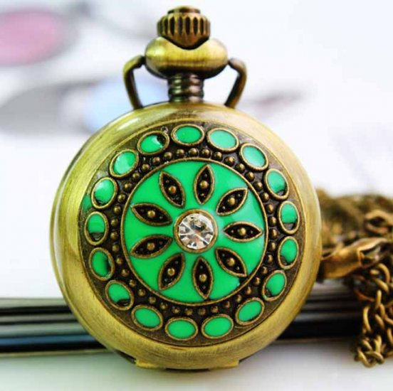 Decorative pendant pocket watch with green metal cover inner mirror - Click Image to Close