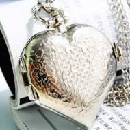 New Silver Lovely Pocket Watch with Heart Shape Cover