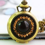 Retro Quartz pocket watch with rhinestone design cover
