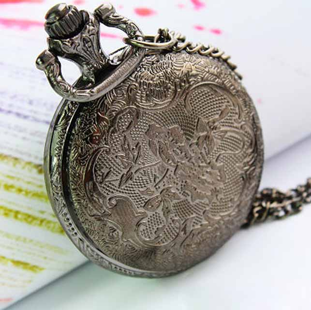 Antique bronzy clissic crown cover pocket watch