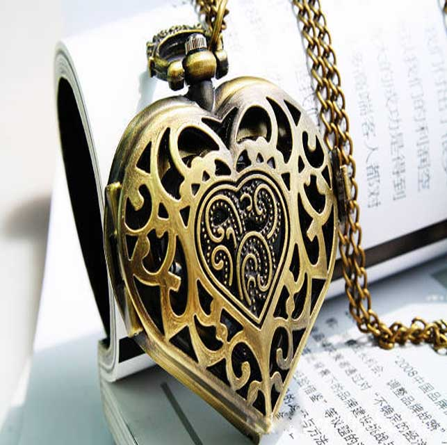 SEO_COMMON_KEYWORDS Classical Exquisite Hollow Heart Shape Design Pocket Watch